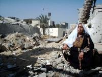 Perempuan Gaza sedang Meratap (www.populisamerica.com)